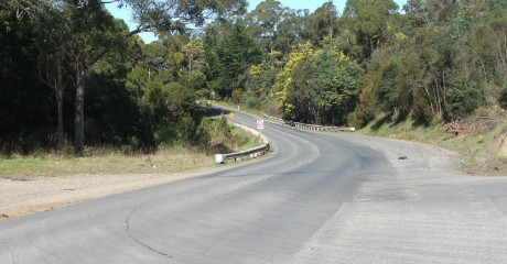 West-Tamar-Hwy-South-of-Beaconsfield-2011-460x240